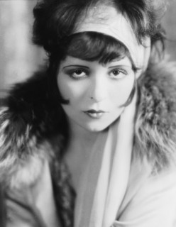 r-CLARA-BOW-IT-GIRL-large